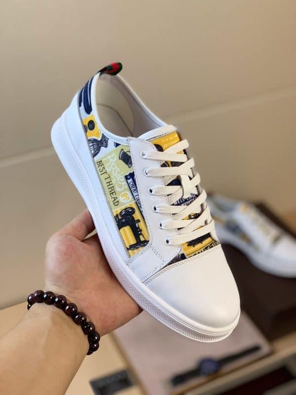 Giày gucci màu trắng họa tiết tranh