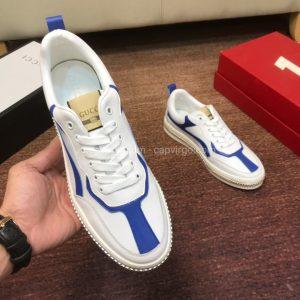 Giày gucci màu trắng viền xanh họa tiết khóa
