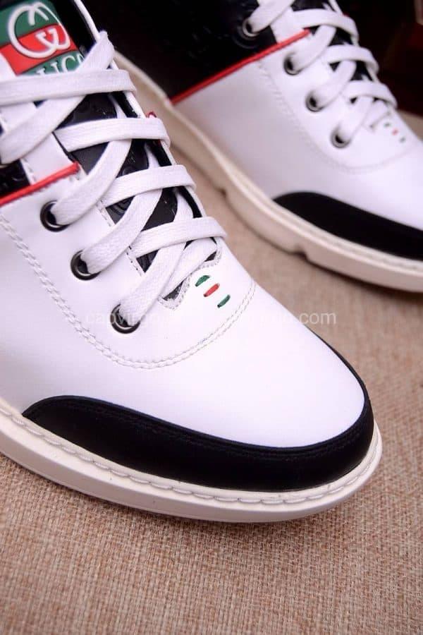 Giày gucci ong màu trắng gót đen