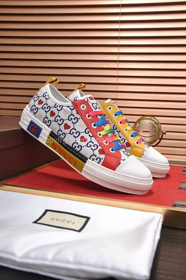Giày gucci màu trắng biểu tượng trái tim