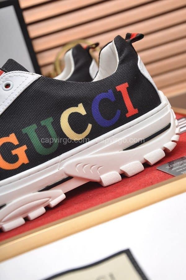 Giày gucci màu trắng đen lưỡi gà biểu tượng cờ Anh