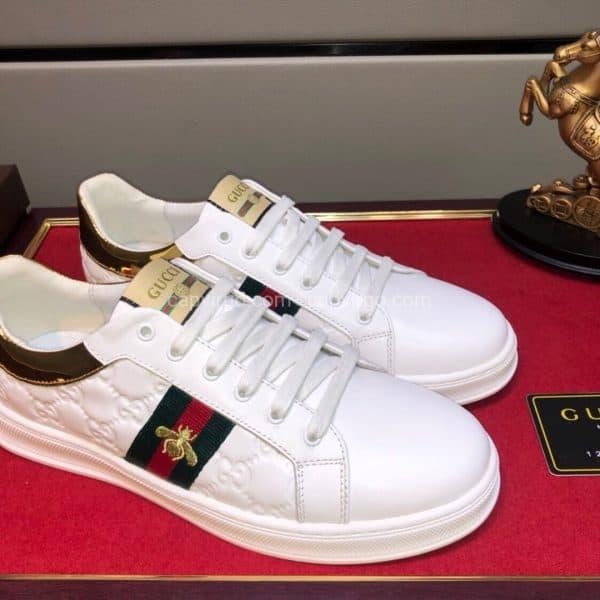 Giày gucci ong màu trắng gót vàng