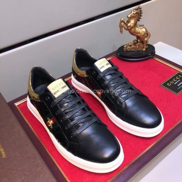 Giày gucci ong màu đen gót vàng đế trắng