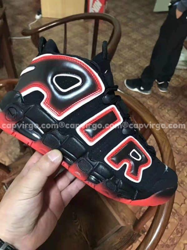 Giày trẻ em Nike Air More Uptempo màu đen đỏ