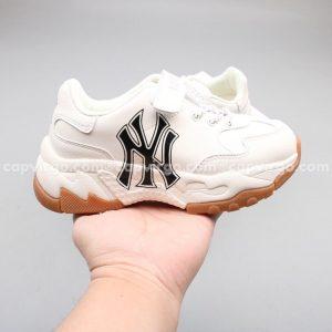 Giày trẻ em MLB YANKEES Big Ball Chunky A màu trắng