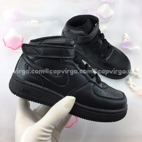 Giày trẻ em nike Force 1 màu đen