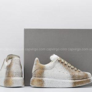 Giày McQueen màu trắng pha vàng đồng