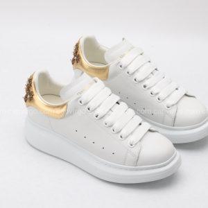 Giày McQueen màu trắng gót vàng họa tiết hiếm