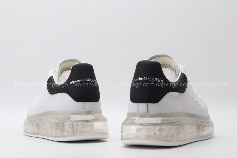 Giày McQueen đế hơi gót đen loại rep 1:1