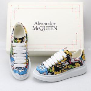 Giày McQueen họa tiết hoa paint hoa văn xanh vàng