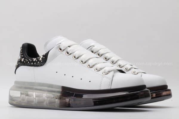 Giày McQueen đế hơi trong đen gót họa tiết hạt cườm bạc