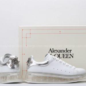 Giày McQueen đế hơi trắng gót bạc