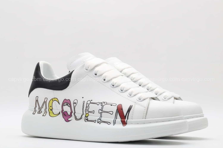 Giày McQueen siêu cấp trắng gót đen họa tiết paint hiếm