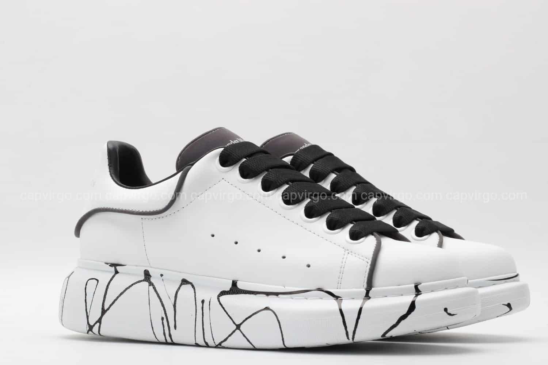 Giày McQueen rep 1:1 trắng gót đen họa tiết vân đen
