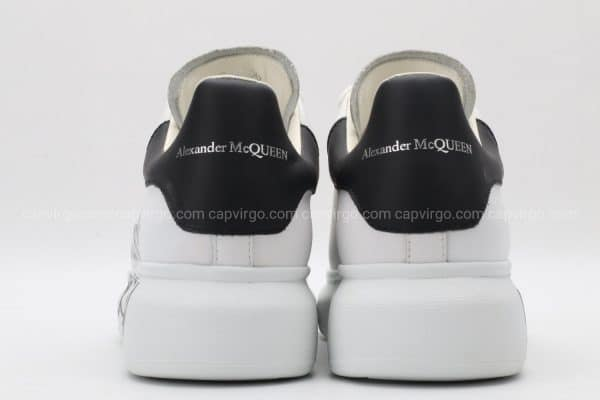 Giày McQueen rep 1:1 trắng gót đen bản chữ to