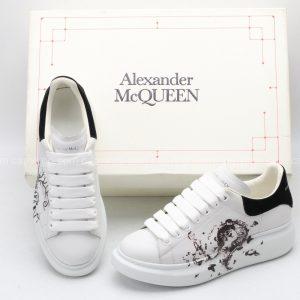 Giày McQueen trắng gót đen họa tiết cực hiếm