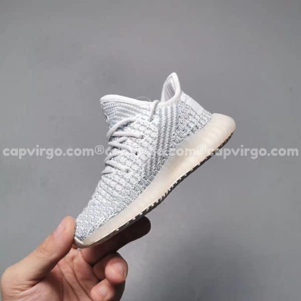 Giày trẻ em Yeezy 350 màu xanh nhạt PK GOD