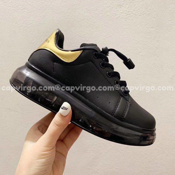 Giày trẻ em Alexander mcqueen đen đồng đế trong