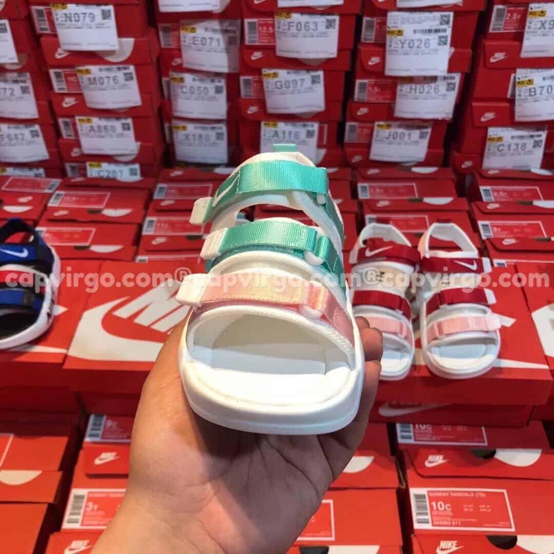 Sandal Nike trẻ em 3 dây màu xanh hồng