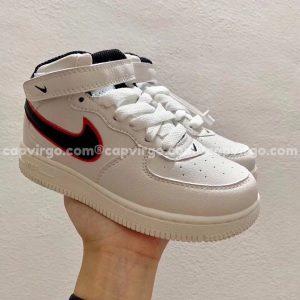 Giày trẻ em nike Air Force 1 trắng swoosh đen đỏ