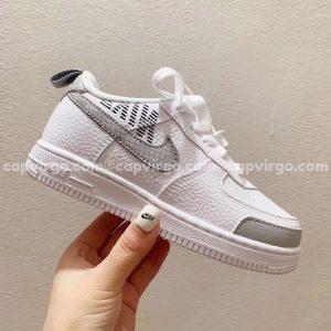 Giày trẻ em nike Air Force 1 trắng swoosh xám caro