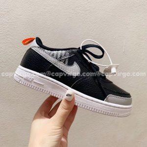 Giày trẻ em nike Air Force 1 đen swoosh xám caro