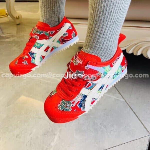 Giày trẻ em Onitsuka Tiger màu đỏ họa tiết hoa