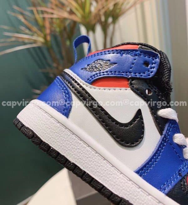 Giày trẻ em Air Jordan 1 Mid màu xanh đỏ đen