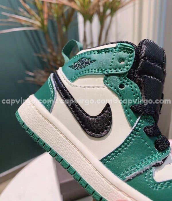 Giày trẻ em Air Jordan 1 Mid màu xanh đen