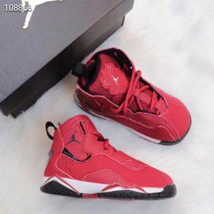 Giày trẻ em Air Jordan 7 Retro màu đỏ