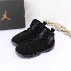 Giày trẻ em Air Jordan 7 Retro màu đen