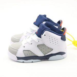 Giày trẻ em Air Jordan 6 Retro màu trắng navy