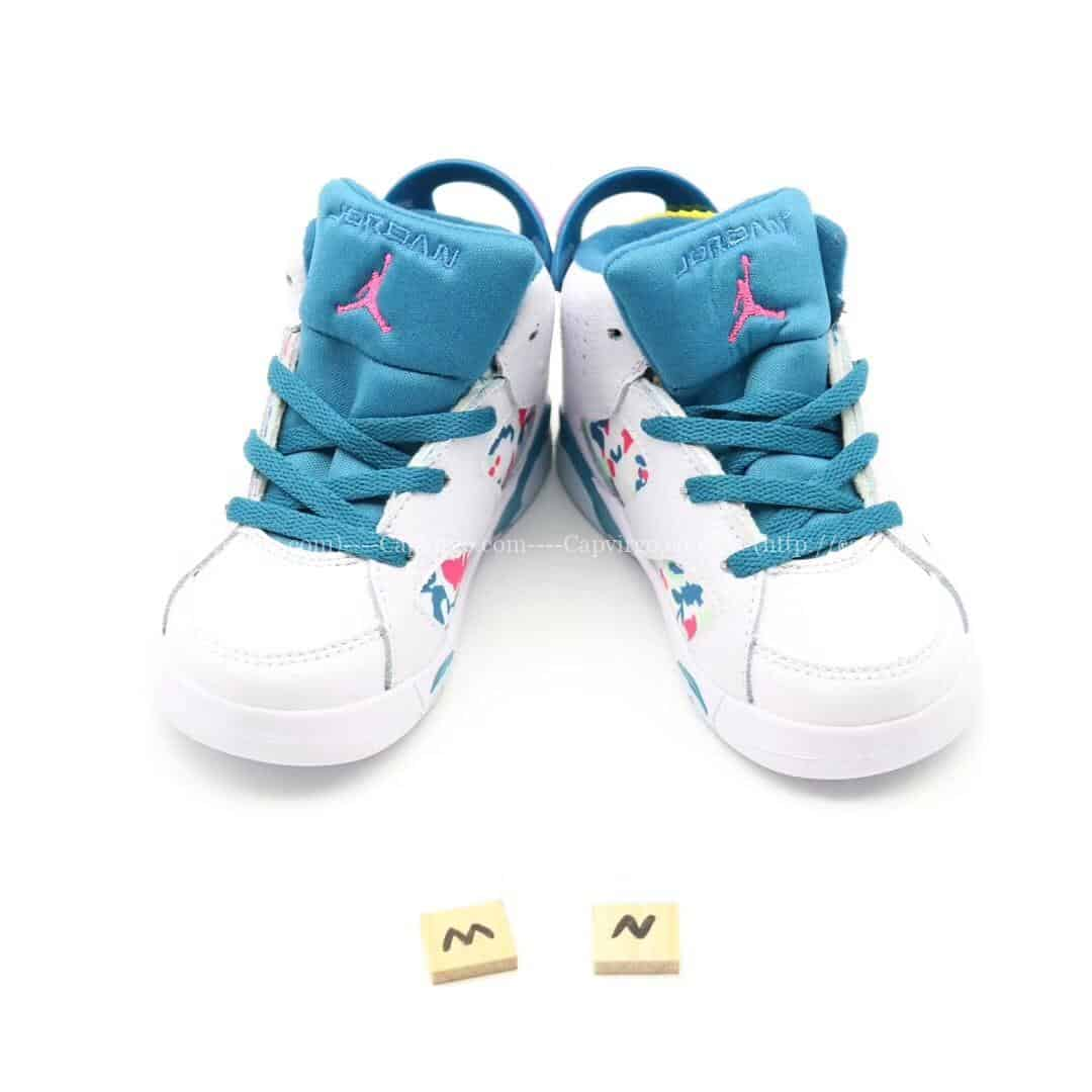 Giày trẻ em Air Jordan 6 Retro màu trắng xanh