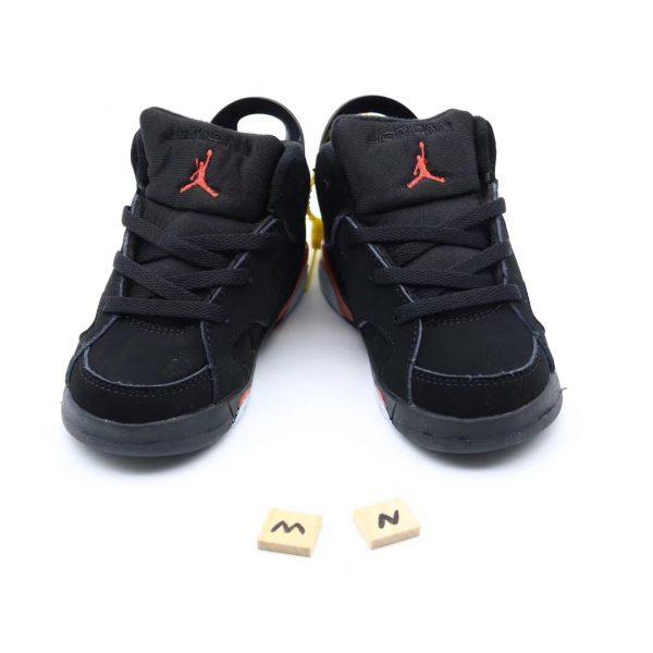 Giày trẻ em Air Jordan 6 Retro màu đen