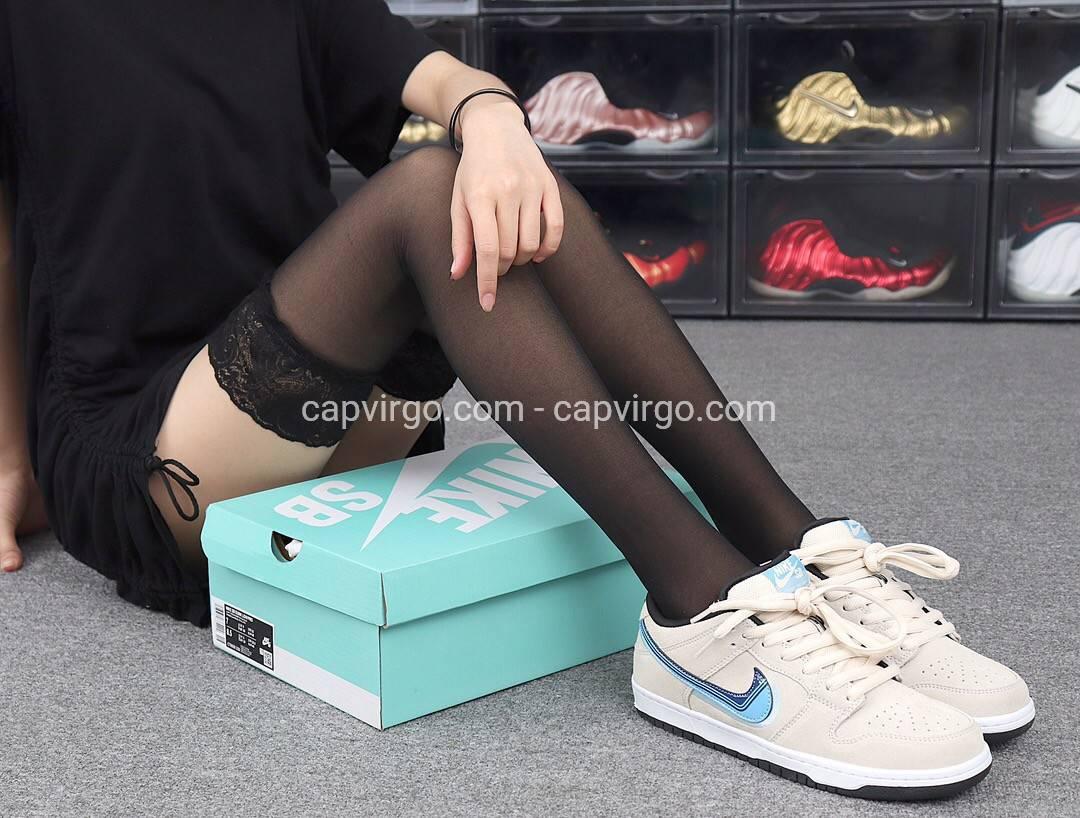 Giày nike nữ SB da lộn logo xanh siêu cấp