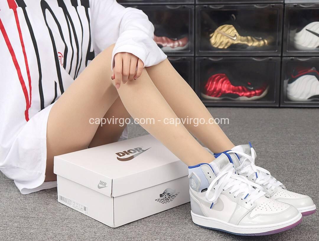 Giày Nike Jordan 1 màu ghi loại siêu cấp