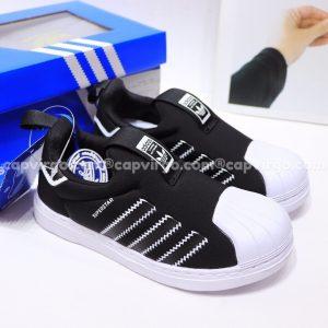 Giày Superstar trẻ em siêu nhẹ màu đen trắng