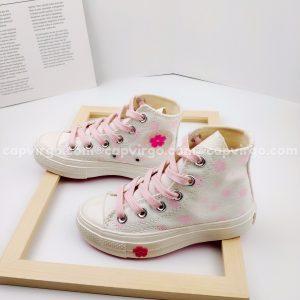 Giày Converse trẻ em hoa cao cổ màu trắng
