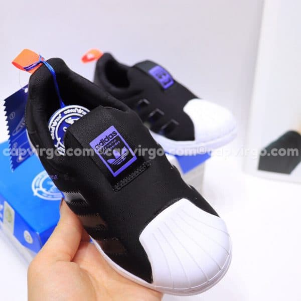 Giày Superstar trẻ em siêu nhẹ màu đen