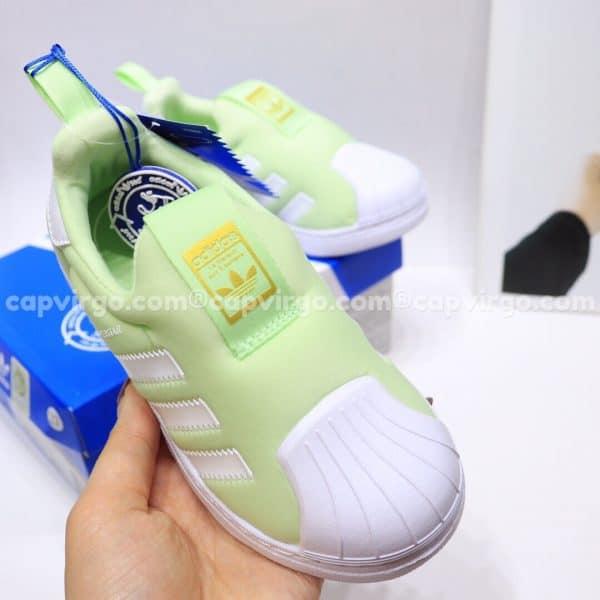 Giày Superstar trẻ em siêu nhẹ màu xanh bơ