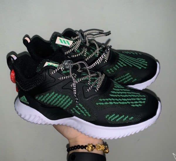 Giày Adidas AlphaBounce trẻ em màu đen sọc xanh lá