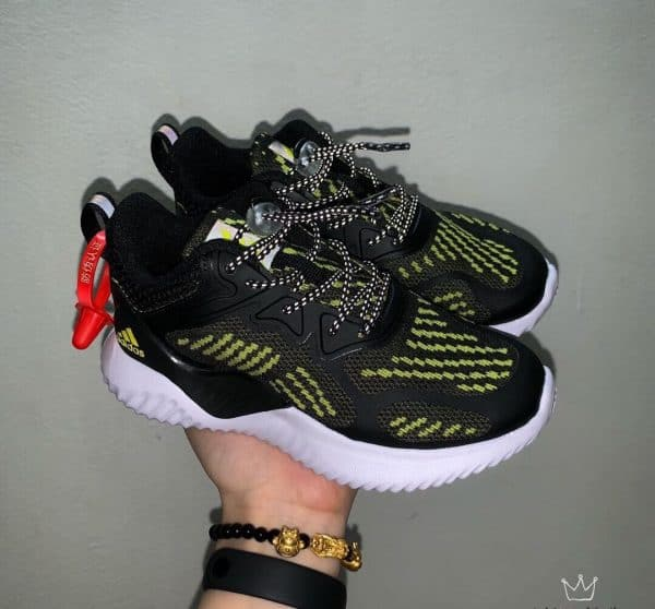Giày Adidas AlphaBounce trẻ em đen sọc vàng