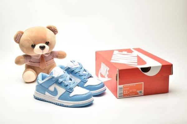 Giày trẻ em Nike SB Dunk Low Pro màu xanh trắng