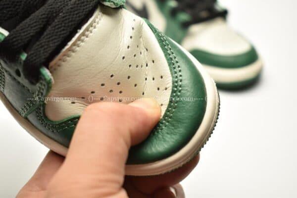 Giày trẻ em Jordan1 Retro High OG xanh lá trắng