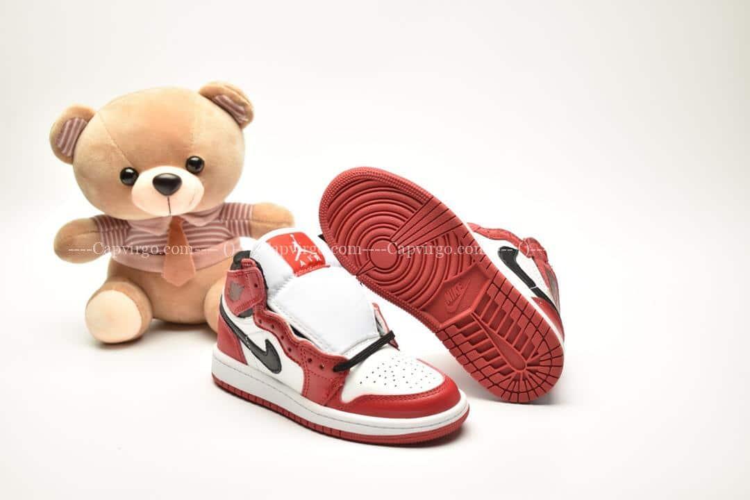 Giày trẻ em Jordan1 Retro High OG đỏ trắng swoosh đen