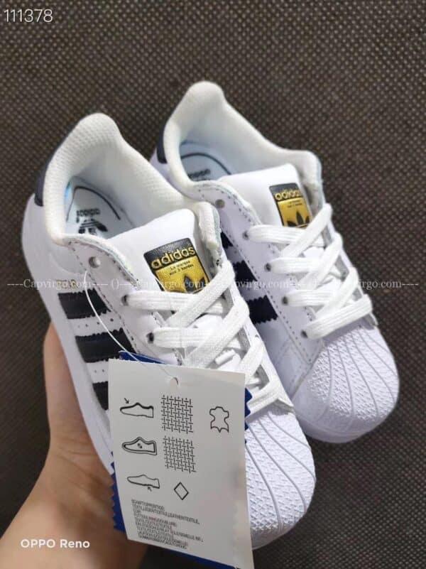 Giày trẻ em adidas Superstar trắng sọc đen