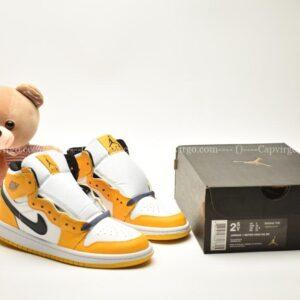 Giày trẻ em Jordan1 Retro High OG vàng trắng swoosh đen