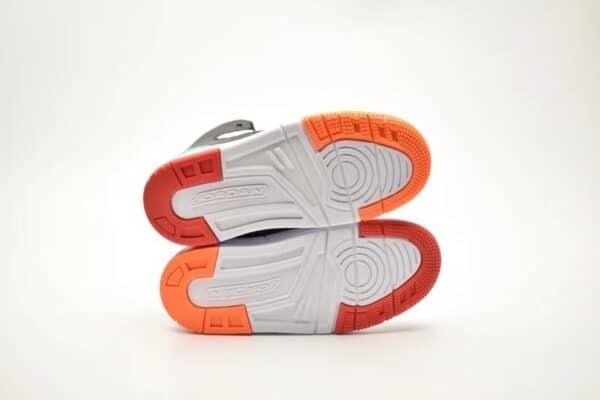 Giày air jordan 11 Max Aura màu trắng đế cam đỏ