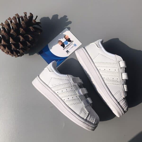 Giày trẻ em adidas Superstar full trắng dán dính