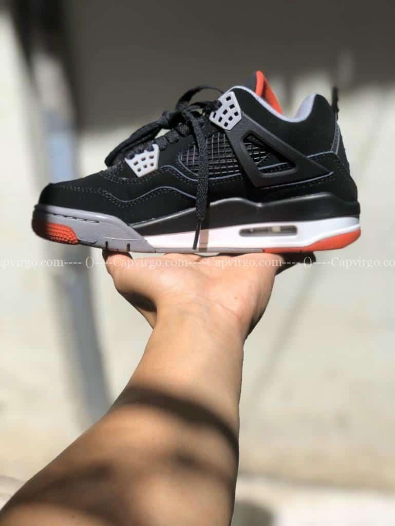 Nike jordan 4